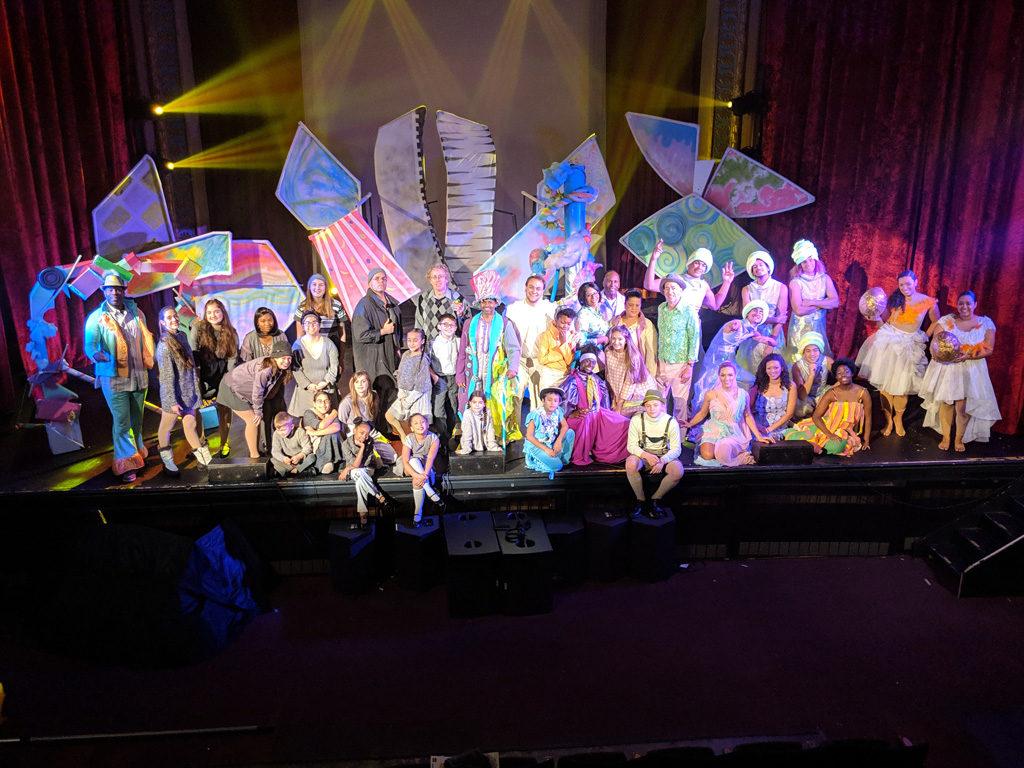 Willy Wonka Cast Photo Wide